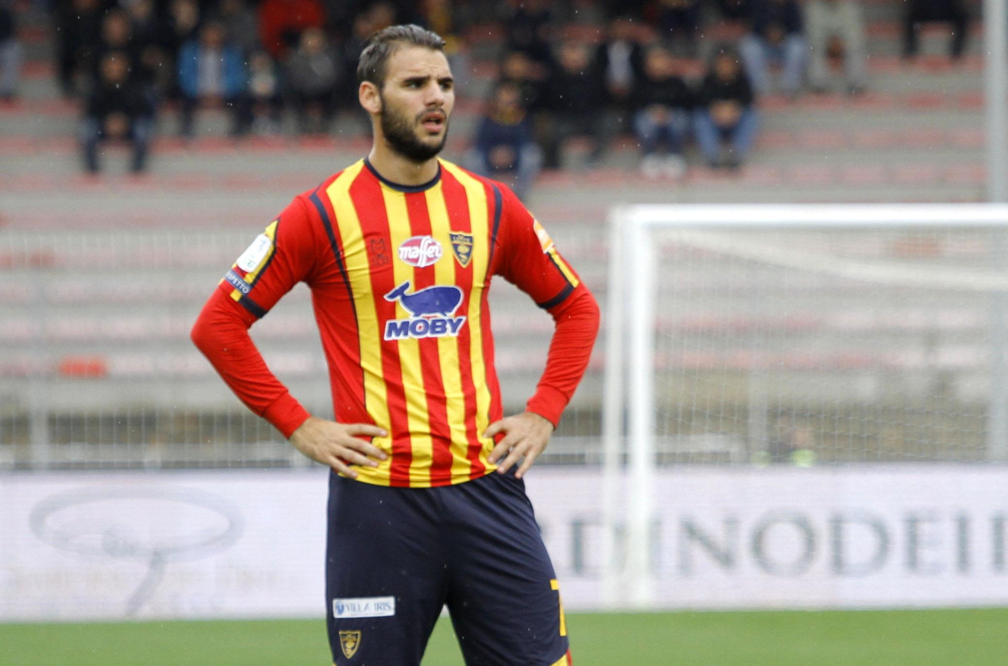 L'ex di turno, il gelido Tachtsidis - Calcio Lecce